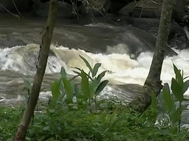 Barragem afetará 1,8 mil empregos e trará dano à flora, dizem especialistas (Foto: Reprodução/TV TEM)