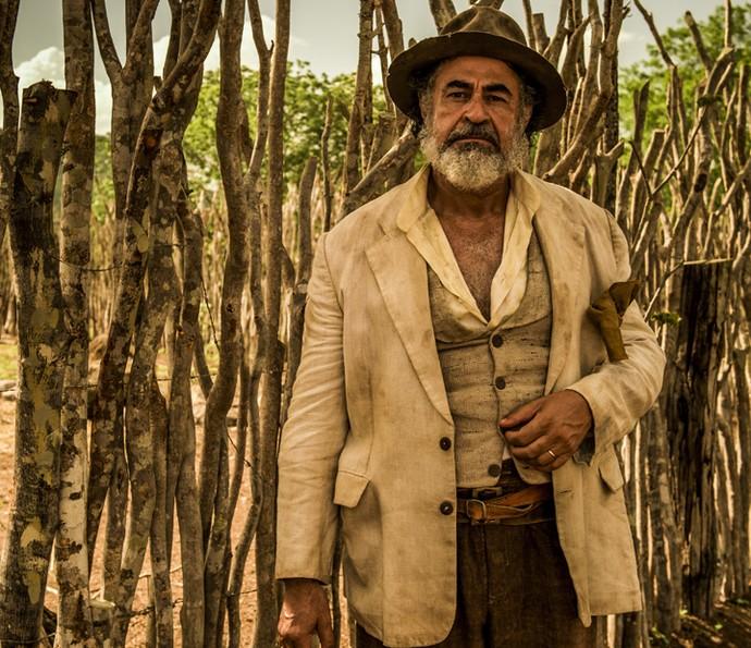 Carlos Betão vai viver Aracaçu na novela. Ele será o pai de Leonor, papel interpretado por Marina Nery (Foto: Caiuá Franco/ Globo)