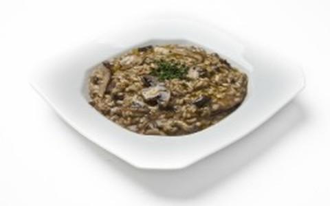 Risoto de cogumelos e azeite de trufas