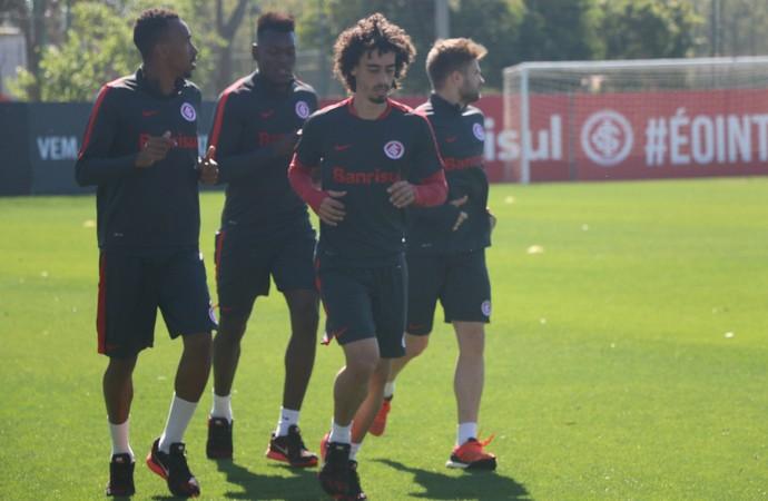 Valdívia treino do Inter (Foto: Eduardo Deconto/GloboEsporte.com)