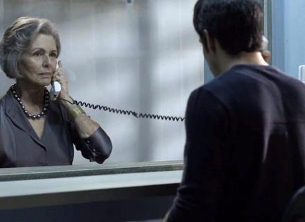 Sabine pede guarda de Bebeth a Eric