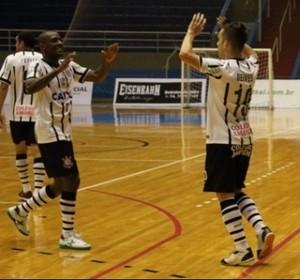 Comemoração Corinthians Futsal (Foto: Divulgação/Corinthians Futsal)