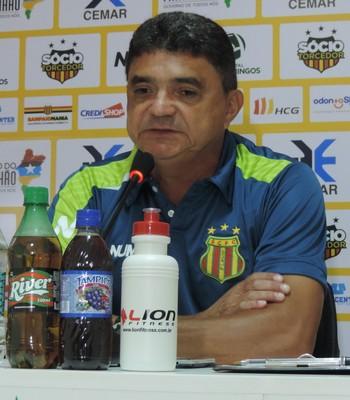 Sampaio - Flávio Araújo treino (Foto: Vinícius Bogea / Sampaio Corrêa)