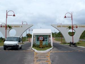 Fachada do município de São Francisco do Conde, na Bahia (Foto: Egi Santana/G1)