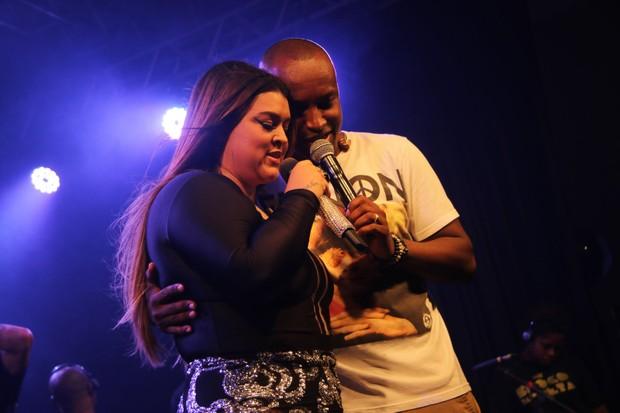 Preta Gil e Thiaguinho (Foto: Fabio Moreno / Agnews)