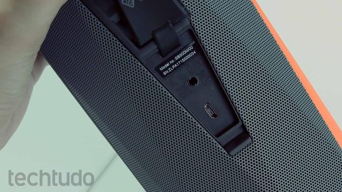 Conexões da Philips ShoqBox SB500 (Foto: Ana Marques/TechTudo)