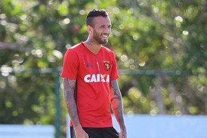Leandro Pereira Sport (Foto: Marlon Costa / Pernambuco Press)