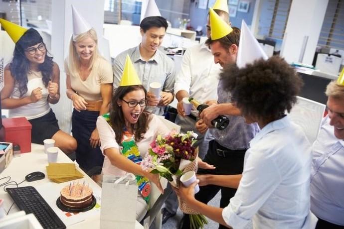 Motorola A reação do aniversariante na festa surpresa (Foto: Divulgação)