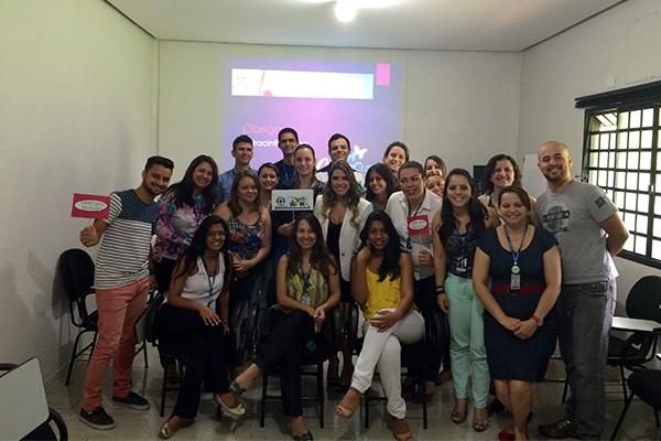 Colaboradores participaram da palestra com a Dermatologista Dra. Cintia Cunha sobre doenças da pele e cuidados preventivo. (Foto: Divulgação )