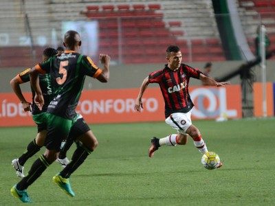 américa-mg x atlético-pr brasileiro (Foto: Marco Oliveira/Atlético-PR)