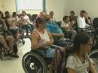 Cadeirantes reclamam da redução do nº de micro-ônibus em São Carlos, SP