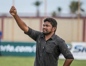 Índio, técnico do Estanciano (Foto: Filippe Araújo)