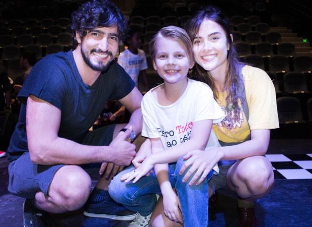 Renato Góes, Raffael Piettro e Maria Casadevall (Foto: Josi Areia)