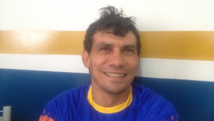 Lourival (atacante) (Foto: Vilma Nascimento/GloboEsporte.com)