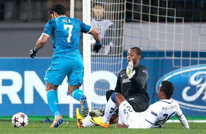 Hulk Porto e Zenit (Foto: Agência AP)