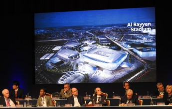 Comitê de 2022 evita relação com crise da Fifa e promete transparência