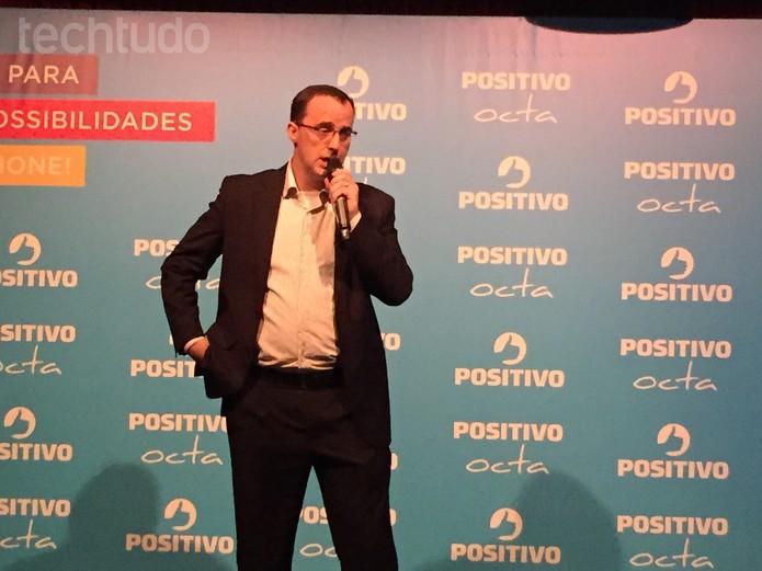 Norberto Maraschin, vice-presidente de mobilidade da Positivo (Foto: Fabrício Vitorino/TechTudo)