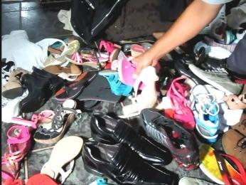 ed100eb0b Sapatos furtados foram encontrados na casa de empregada (Foto: Colíder News)