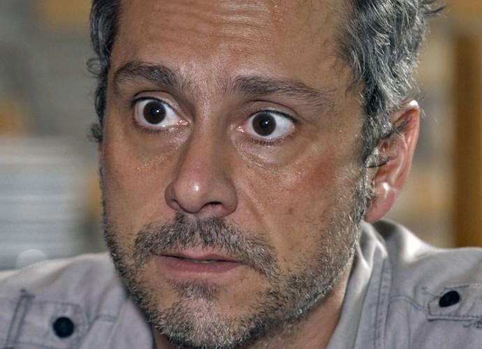 Romero ameaça facção, mas joga vira contra ele (Foto: TV Globo)