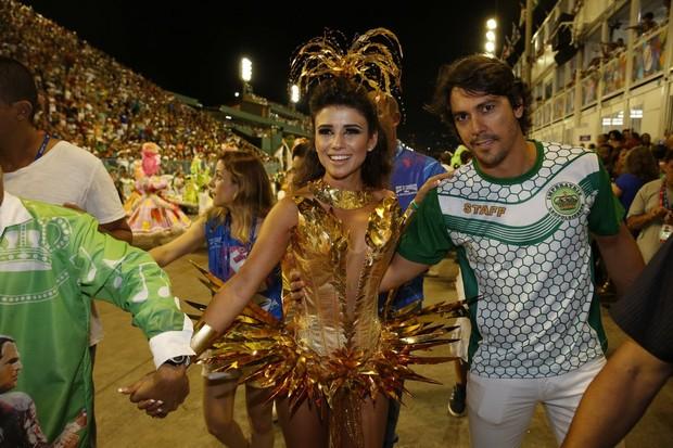 Paula Fernandes com o marido (Foto: Marcos Serra Lima / Ego)