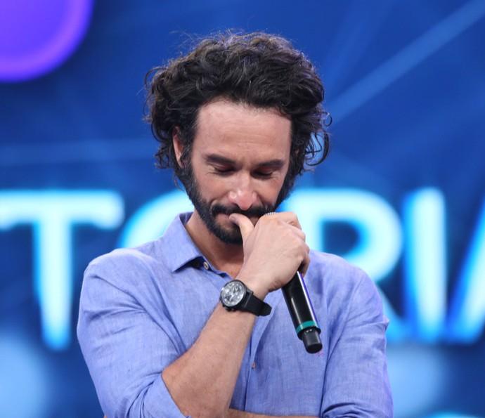 Rodrigo chora com carinho do público (Foto: Carol Caminha/Gshow)