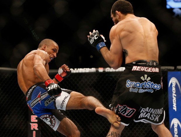 Edson Barboza x Rafaello Oliveira UFC 162 (Foto: Getty Images)