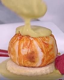 Aprenda a fazer lagosta à thermidor e rabanada de tapioca