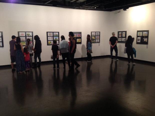 Público aprecia as exposições da Gibicon (Foto: Divulgação/RPC TV)