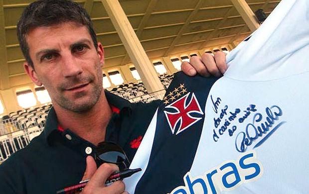 Pedrinho Ex-Vasco (Foto: Site Oficial do vasco)