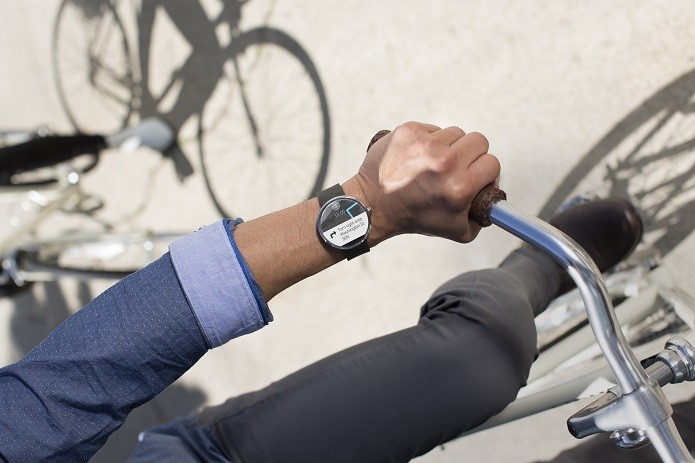 Moto 360 é ótimo para quem deseja praticar atividades físicas e ter informações detalhadas (Foto: Divulgação/Motorola)