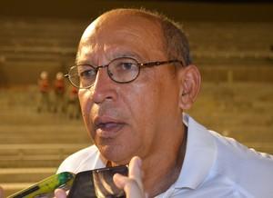 Neto Maradona, treinador do Sousa (Foto: Hévilla Wanderley / GloboEsporte.com/pb)