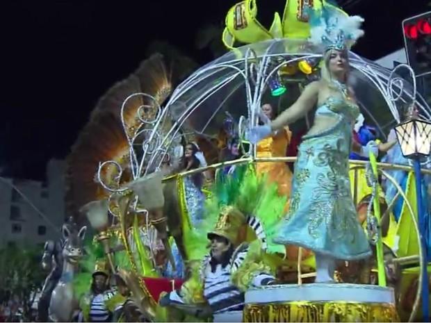 3589f8ca8d G1 - Carnaval pode ficar sem o desfile das escolas de samba em Poços ...