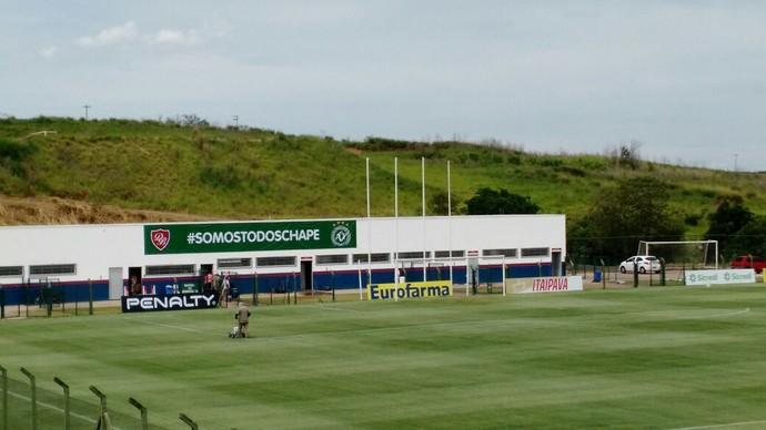 Faixa, Chapecoense, Porto Feliz, Ernesto Rocco, #somostodoschape (Foto: Emilio Botta)