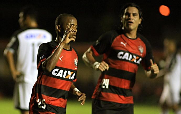 Willie gol Vitória x Sport (Foto: Edson Ruiz / Ag. Estado)