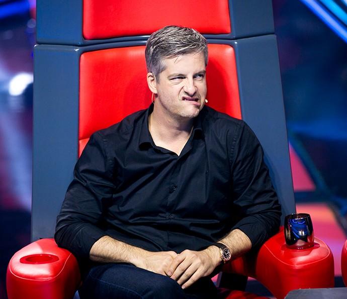 Victor faz cara engraçada durante as Audições às Cegas (Foto: Isabella Pinheiro / Gshow)