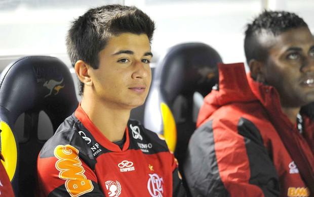 Matheus, Palmeiras e Flamengo (Foto: Marcos Ribolli / Globoesporte.com)