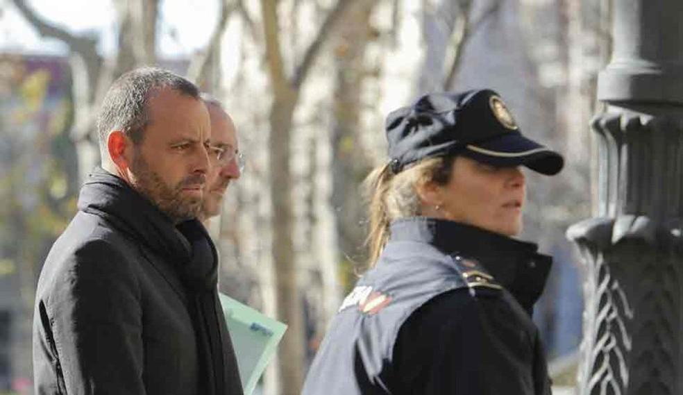 Sandro Rosell, ex-presidente do Barcelona, é condenado a prisão sem direito a fiança (Foto: Twitter / Diário Sport)