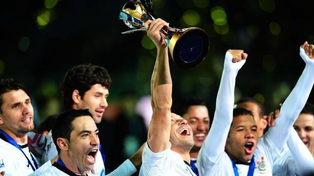 corinthians campeão (Foto: Marcos Ribolli / Globoesporte.com)