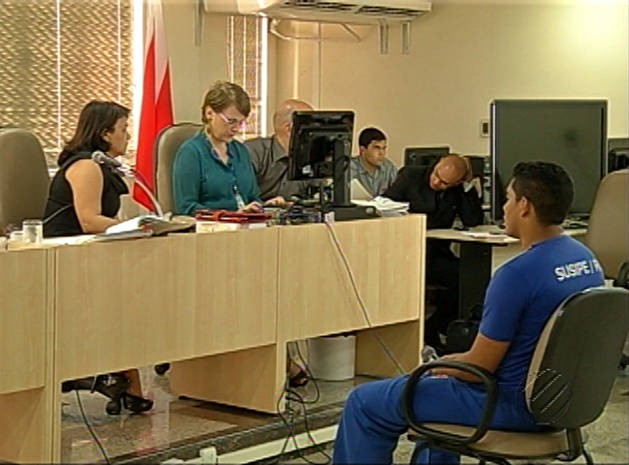 lucier interrogatório (Foto: Reprodução/ TV Liberal)