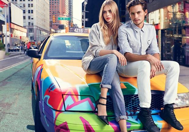 O skatista Dylan Rieder e Cara Delevingne em campanha fashion da DKNY (Foto: Reprodução)