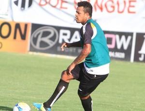 Bill começa a treinar com bola em Porangabuçu (Foto: Divulgação/Cearasc.com)