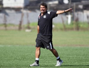 Emerson Baillo levou o Sub-17 à liderança do Grupo (Foto: Pedro Ernesto Guerra / Divulgação Santos FC)