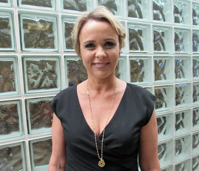 Giulia Gam nos bastidores do Encontro (Foto: Priscilla Massena/Gshow)