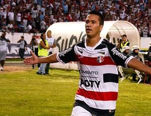 Leandro Oliveira, meio-campo do Santa Cruz (Foto: Divulgação/Coralnet)