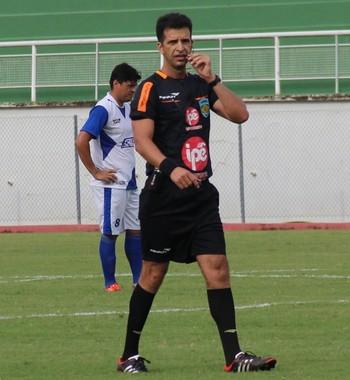 Antônio Neuriclaudio, árbitro do Acre (Foto: Duaine Rodrigues)