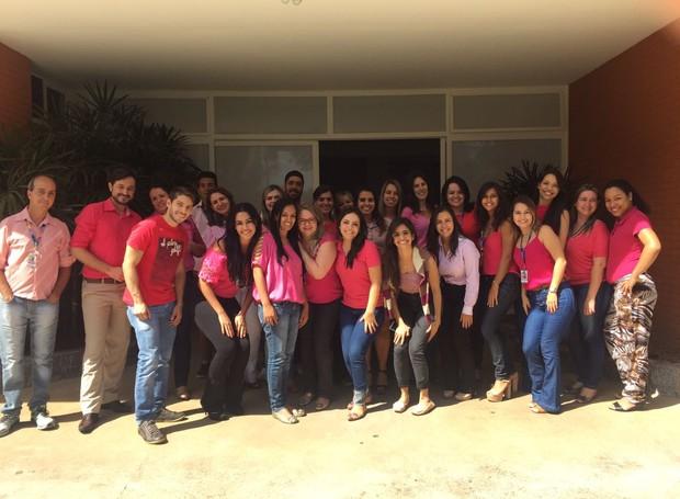 TV Integração realiza campanha em homenagem ao Outubro Rosa (Foto: Divulgação)