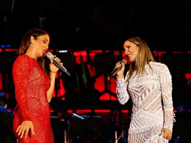 Ivete e Claudia Leitte dividem palco na Arena Fonte Nova (Foto: Pedro Moraes/GOVBA)