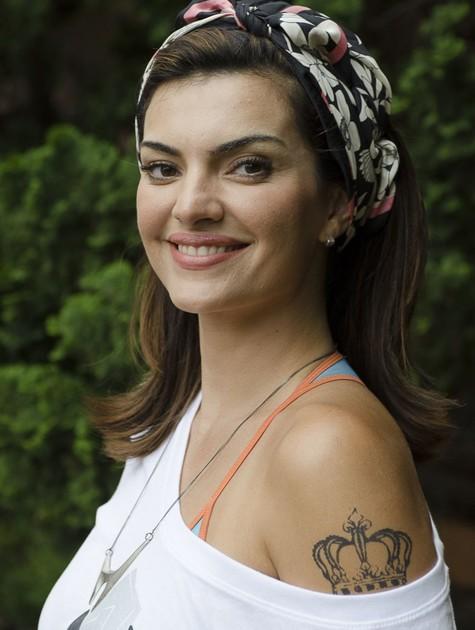 Mayana Neiva com o visual da maquiadora Charlene de Souza, em 'Sangue bom' (Foto: TV Globo/ Bob Paulino)