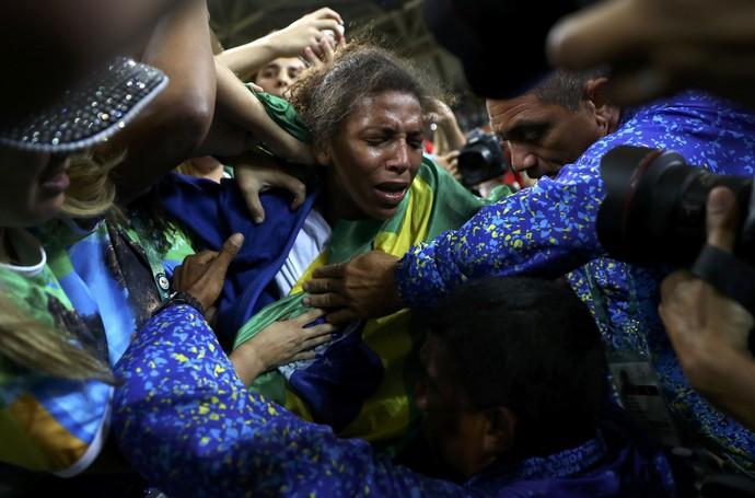 Rafaela Silva ouro no judô (Foto: REUTERS/Kai Pfaffenbach)