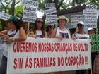Protesto em Campinas pede volta de crianças adotadas de família da Bahia